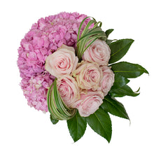 Load image into Gallery viewer, Hydrangea Bouquet 5