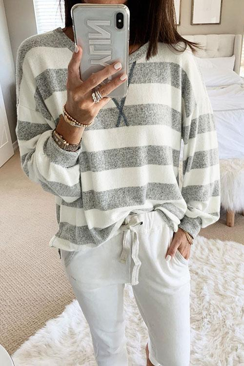 Striped Loose Long Sleeve Sweatshirt