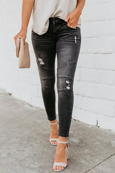 Pierced Stretch Pleated Jeans