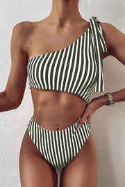 One-Shoulder Striped One-Piece Swimsuit