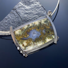 Load image into Gallery viewer, Linda Marie Plume Agate Pendant