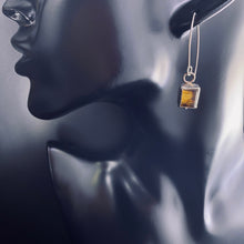 Load image into Gallery viewer, Rectangular Amber Earrings