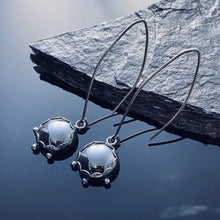 Load image into Gallery viewer, Hematite Sterling Earrings