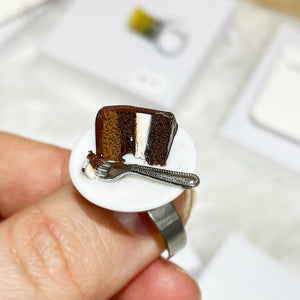 Chocolate cake ring