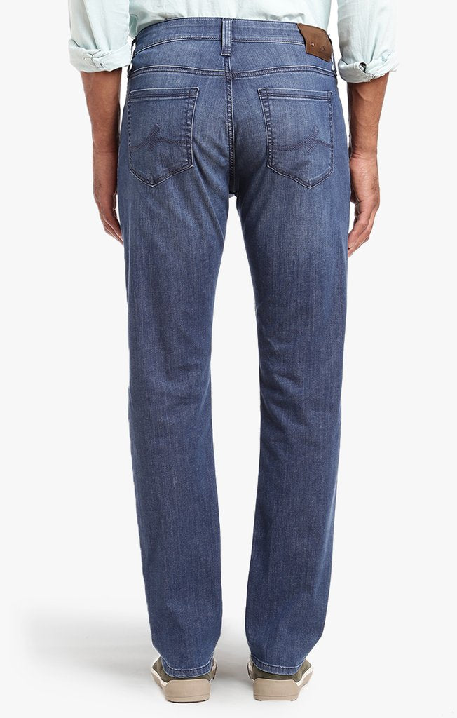 34 Heritage - Courage Straight Leg Jean