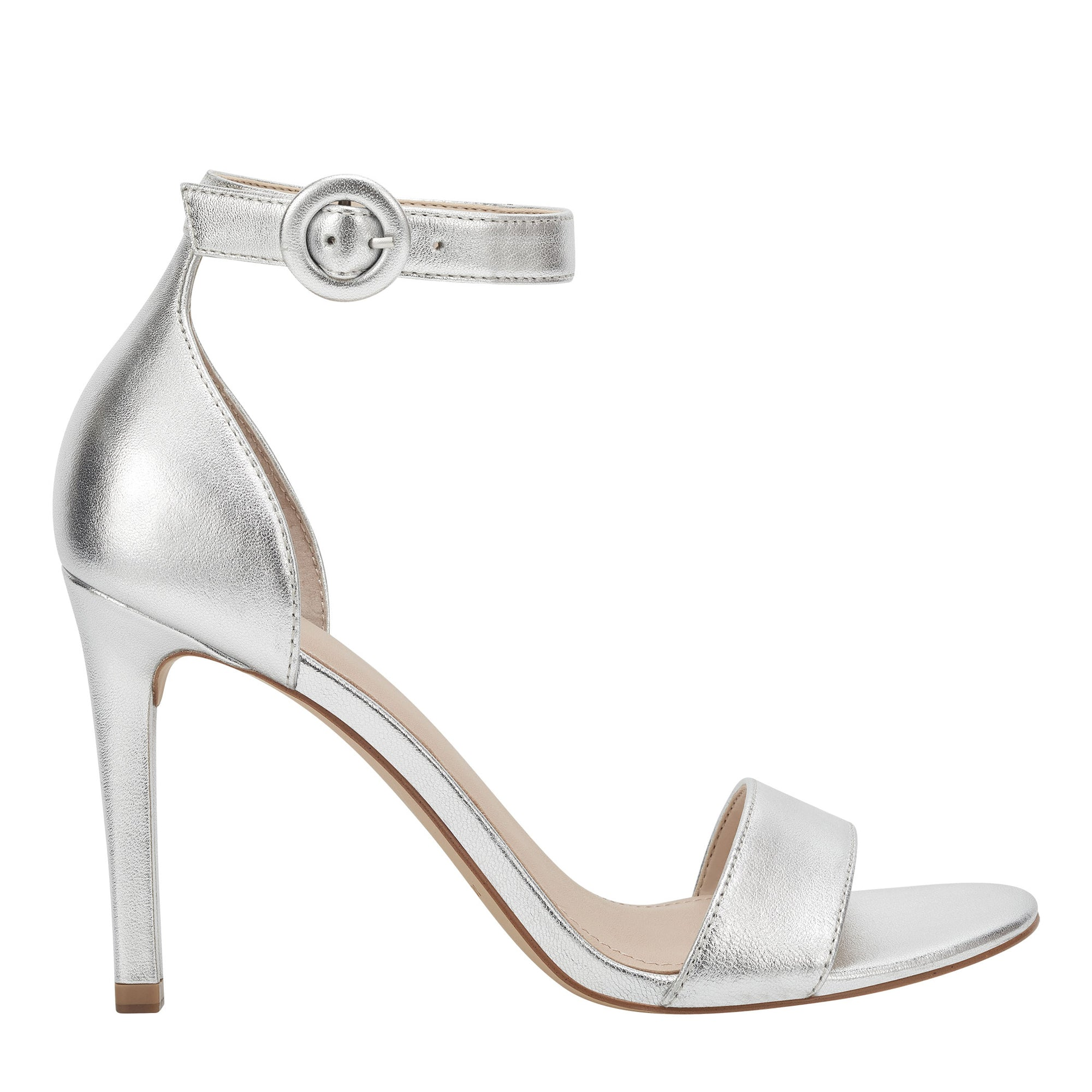 kora-pump-in-silver-leather