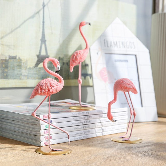 Home 3 Pieces Pink Flamingo Desktop Figure