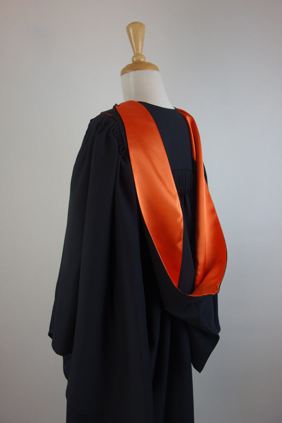 ANU Academic Hood for Bachelor Graduates