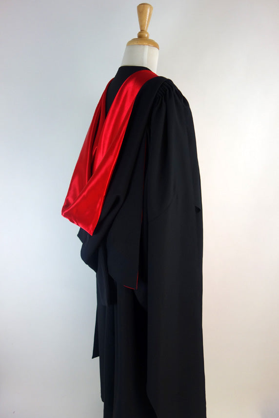 University of Queensland PhD Graduation Gown Suite