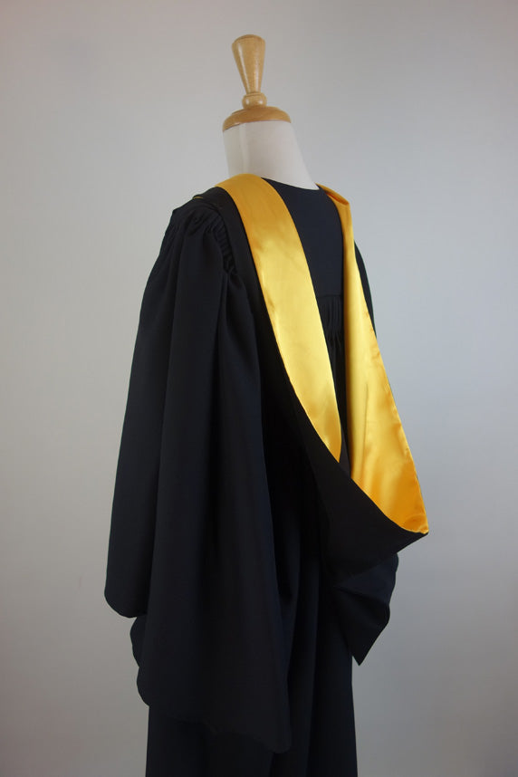 Victoria University Bachelor Graduation Gown Set