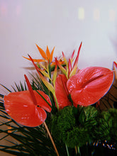 Load image into Gallery viewer, Tropical Bouquet - Casaflor
