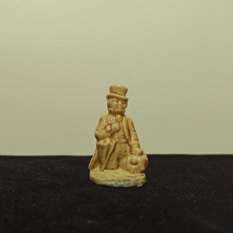 Dr Foster - Porcelain Whimsy Nursery Rhyme Figure
