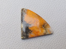 Load image into Gallery viewer, 38x28x6 mm Natural Bumble Bee Jasper Freeform Shape