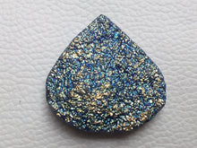 Load image into Gallery viewer, 34~35~11mm Titanium Druzy Heart Shape