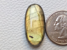 Load image into Gallery viewer, 29x14x7 mm,Natural Labradorite Cabochon Gemstone Oval Shape