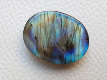 Load image into Gallery viewer, 25x20x6 mm, Natural Labradorite Cabochon Gemstone Oval Shape