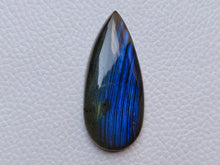 Load image into Gallery viewer, 43x19x7mm, Natural Gemstone Labradorite Cabochon teardrop Shape