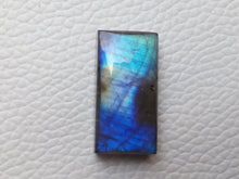 Load image into Gallery viewer, 25x13x8mm,   Labradorite Gemstone Cabochon Rectangle Shape