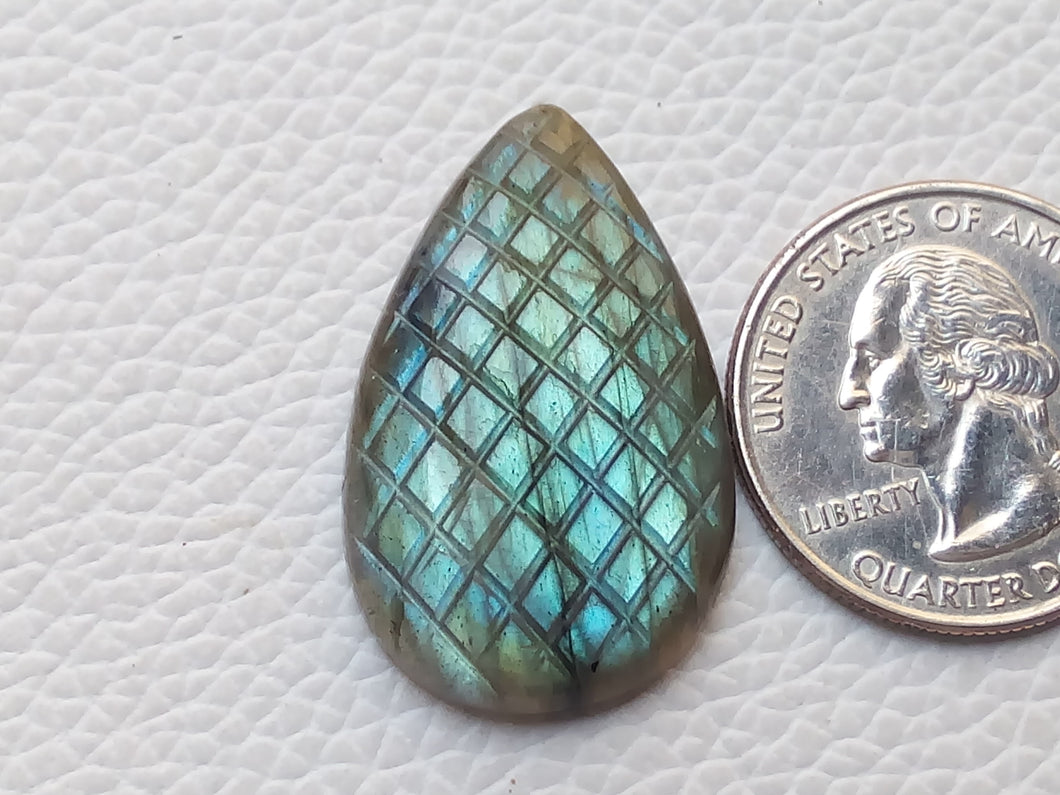 31x20x6mm, Blue Curved Labradorite Carving Cabochon teardrop Shape