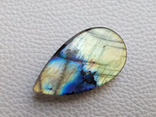 Load image into Gallery viewer, 36x20x7mm, Rare 2 Shades Labradorite Pendant Gemstone teardrop Shape
