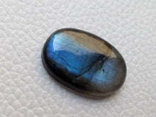 Load image into Gallery viewer, AAA  Labradorite Cabochon Gemstone 24x16x5mm, Oval Shape