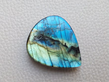 Load image into Gallery viewer, cunning Two Shaded Labradorite Stone 33x27x8mm Healing Gemstone teardrop Shape