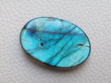 Load image into Gallery viewer, glorious Blue Labradorite Gemstone 33x22x6mm Healing Gemstone Oval Shape
