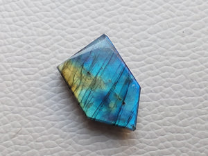 Purple Blue Labradorite Gemstone 25x16x8mm Healing Gemstone Freeform Shape