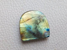 Load image into Gallery viewer, Labradorite Gemstone 21x21x6mm Healing Gemstone Freeform Shape