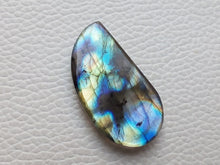 Load image into Gallery viewer, Flashy Multi Labradorite  35x19x6mm Healing Gemstone Freeform Shape