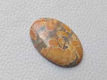 Load image into Gallery viewer, 33x22x5 mm Maligano Jasper Oval Shape