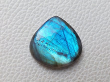 Load image into Gallery viewer, 24x23x6mm   Labradorite Gemstone Cabochon Heart Shape