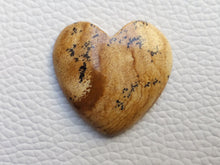 Load image into Gallery viewer, 29x27x5 mm Picture Jasper Heart Shape
