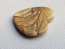 Load image into Gallery viewer, 35x33x5 mm Picture Jasper Heart Shape
