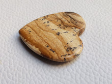 Load image into Gallery viewer, 34x32x5 mm Picture Jasper Heart Shape