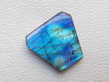 Load image into Gallery viewer, 31x29x6mm   Labradorite Gemstone Cabochon Freeform Shape