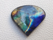 Load image into Gallery viewer, 34x30x7mm,   Labradorite Gemstone Cabochon Heart Shape