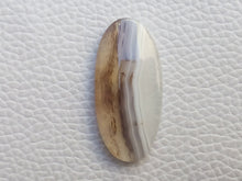 Load image into Gallery viewer, 32x15x5 mm Montana Agate Oval Shape