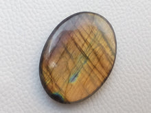 Load image into Gallery viewer, 41x30x8mm,   Labradorite Gemstone Cabochon Oval Shape