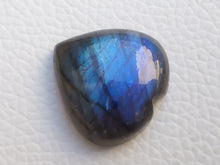Load image into Gallery viewer, 23x22x8mm, Heart Blue Labradorite Gemstone Cabochon Heart Shape