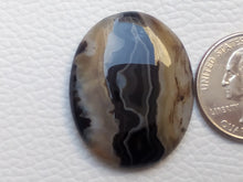 Load image into Gallery viewer, 33x27x6 mm Black Banded Onyx Oval Shape