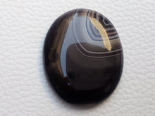 Load image into Gallery viewer, 34x28x6 mm Black Banded Onyx Oval Shape