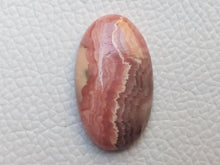 Load image into Gallery viewer, 31x18x6 mm Natural Rhodochrosite Oval Shape