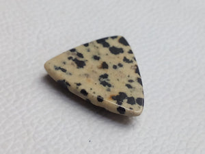 27x26x6 mm Natural Dalmatian Jasper Triangular Shape