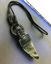Load image into Gallery viewer, Leather & Labradorite Necklace