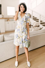 Load image into Gallery viewer, Abstract Iris Print Wrap Dress