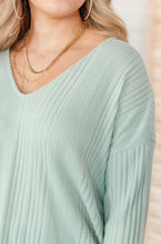 Load image into Gallery viewer, Amira Textured Top in Mint