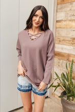 Load image into Gallery viewer, Oversized and Crossed Sweater