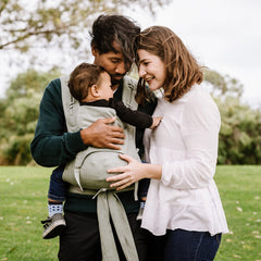 The Fidella FlowClick is the perfect beginner friendly baby carrier for the whole family.