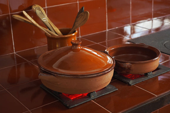 Should You Cook in Earthen Pots? Get Back to the Basics!